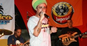 REG_083.jpg_Foto_Music_Review_Reggae_3_.jpg_web_937636280